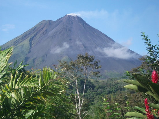 Hotel Kokoro Arenal: Our view of Arenal