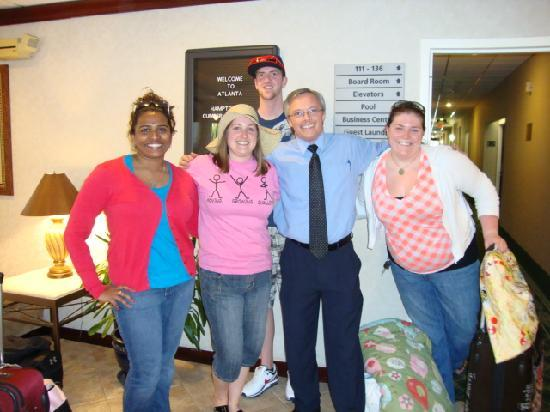 Hampton Inn Atlanta - Cumberland Mall / NW: Our Group with the Associate of the YEAR, MIKE!