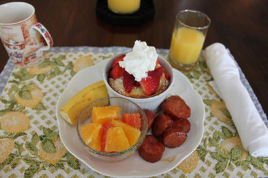 Asheville Seasons Bed and Breakfast: Ginger's amazing breakfasts