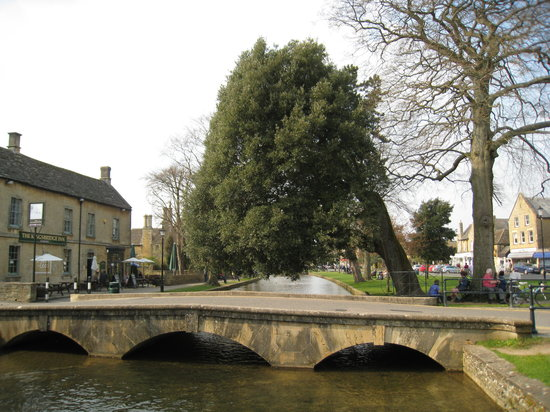 Chipping Campden, UK: Bourton On The Water