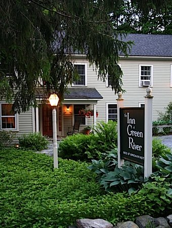 Inn at Green River