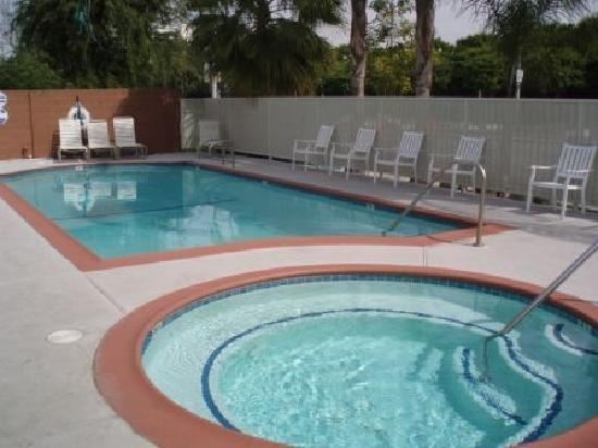 Abby's Anaheimer Inn: Pool