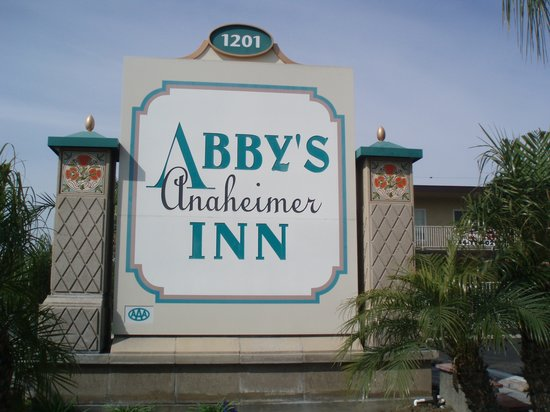 Abby's Anaheimer Inn: Main
