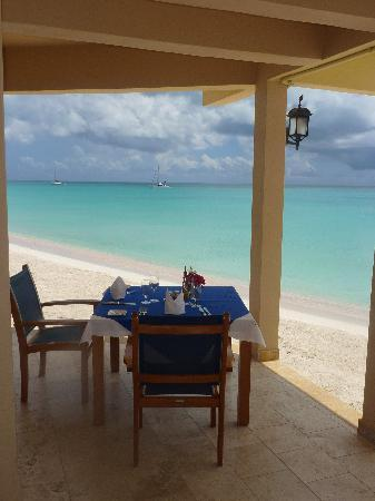 Codrington, Barbuda: Table in the restaurant