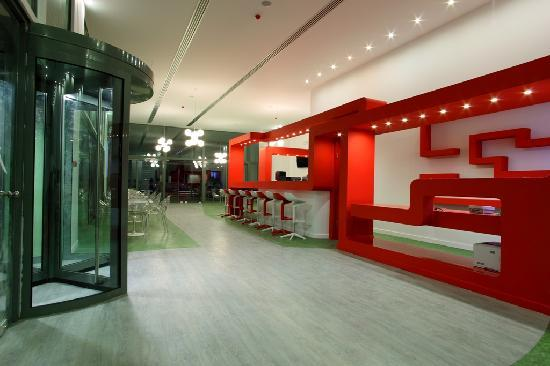 Airotel Patras Smart Hotel: Lobby