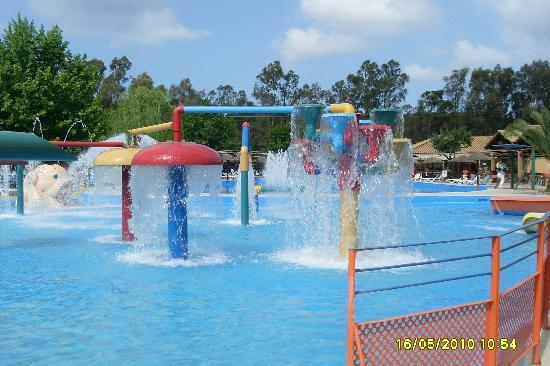 Water slides picture of aqualand resort agios ioannis tripadvisor for Hotels near portrush with swimming pool