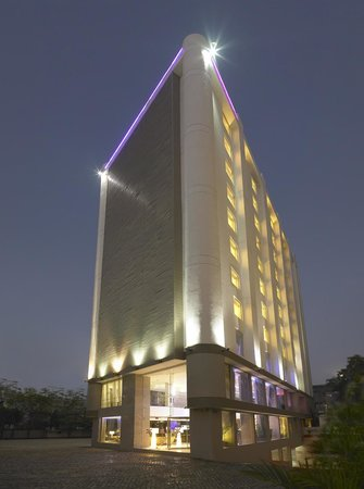 ‪‪Four Points by Sheraton Ahmedabad‬: Front View‬