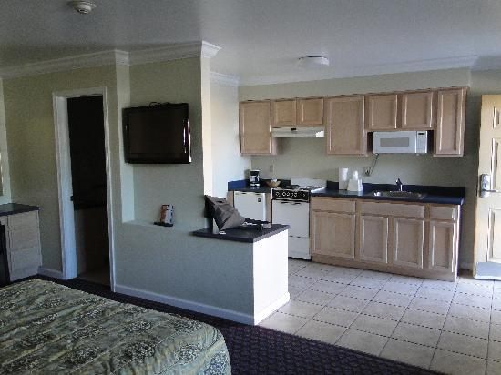 Americas Best Value Inn & Suites-Clovis/Fresno: Küche