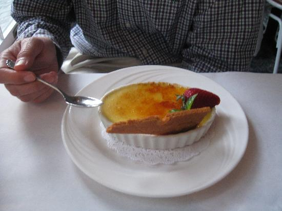 Vanilla bean creme brulee - Picture of Kill Devil Hills, Outer Banks ...