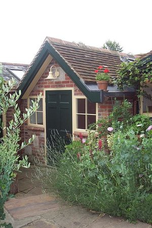 Cathedral Cottage Bed and Breakfast