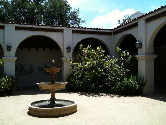 Thousand Oaks, CA: Mission courtyard