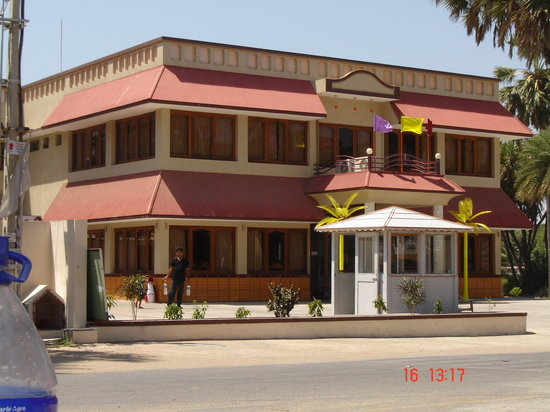 ‪Rasal Beach Resort‬