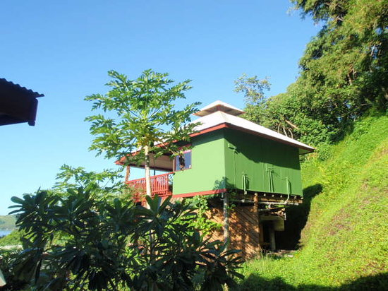 Sunset Hill Lodge: Bung Pilotis