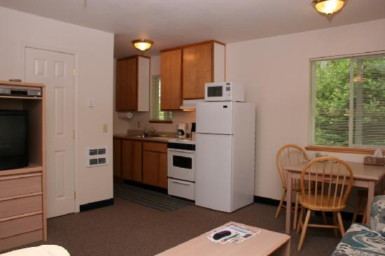 Brookings, OR: Kitchen Area