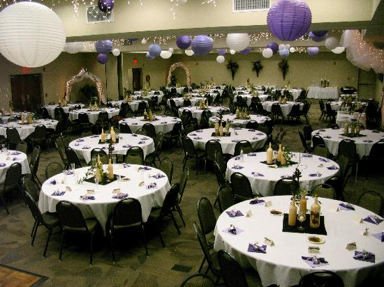 Big Horn Resort: Convention space for weddings
