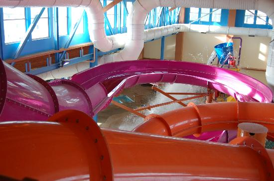 Big Horn Resort: Water Park slides