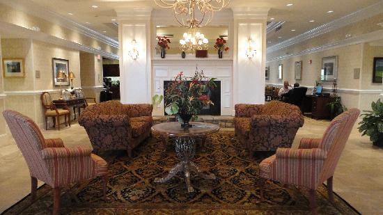 Homewood Suites by Hilton Asheville- Tunnel Road: Lobby