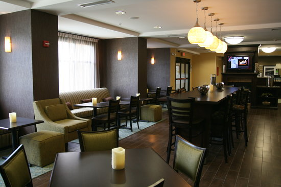 Hampton Inn Dandridge: Breakfast Dining