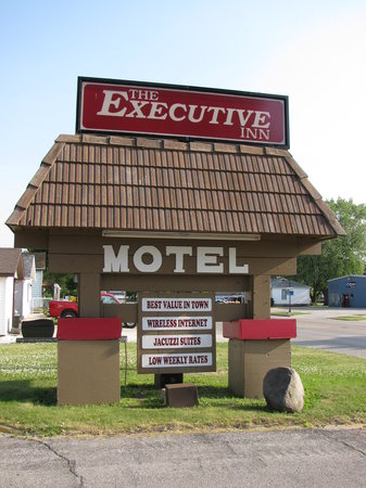 The Executive Inn Motel