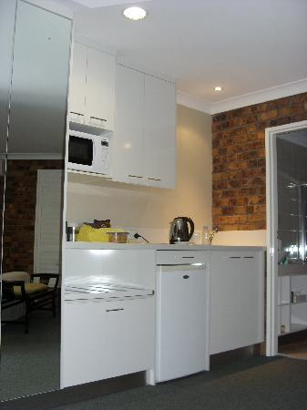 Ballina Palms Motor Inn: Kitchenette