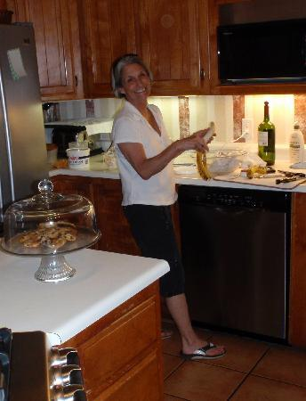 Mauger Estate B&B: Our fabulous Innkeeper