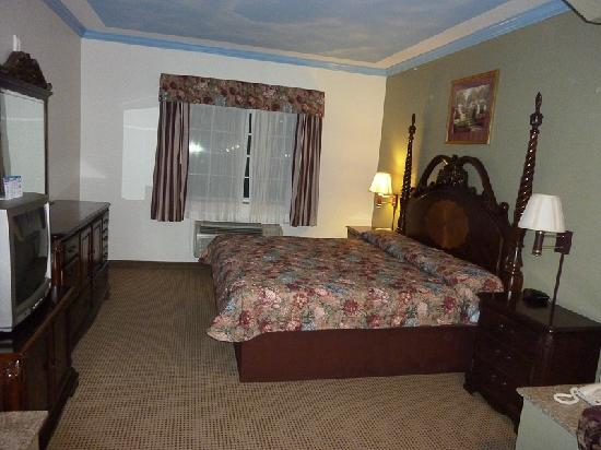 Crystal Suites Texas City: spacious rooms