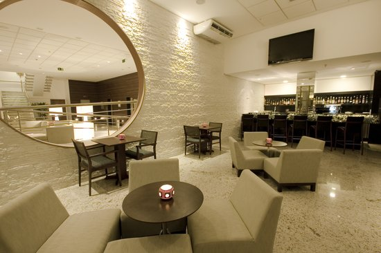 Radisson Hotel Maceio: Lobby Bar