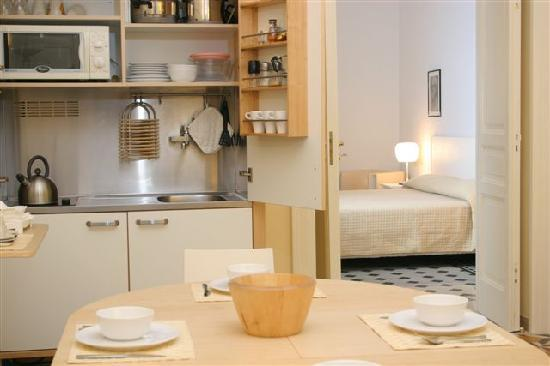 Corso Italia Suites: kitchenette