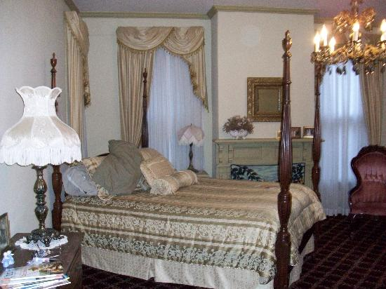 Meadows Inn B & B: Comfortable and elegant