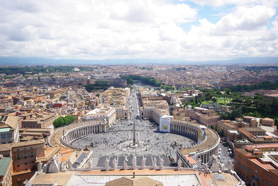 Roma, Italia: Vue de la place St-Pierre