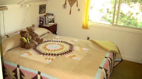 Photo of Quilt House Bed and Breakfast Estes Park