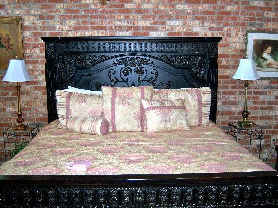 The Old Brick Inn: Our room