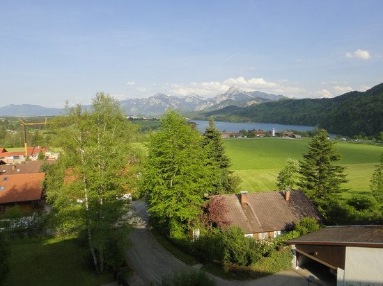 Фюссен, Германия: View from our balcony - not too shabby.