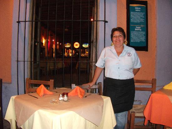 Olas Altas B&B: One of our friendly wait staff at Pedro y Lolas at the Plaza Machado