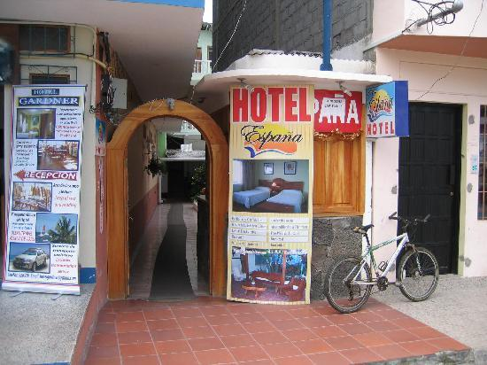 Street entrance to Hotel Espana
