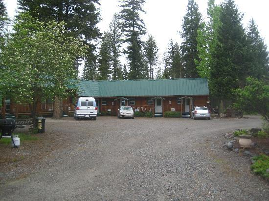 Riverfront Motel & RV Park: The Main Hotel