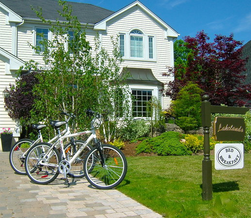 Lakelands Bed and Breakfast: Bikes available