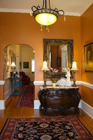 Pamlico House B&B: Foyer