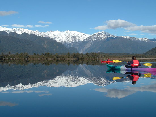 Glacier Country Kayaks