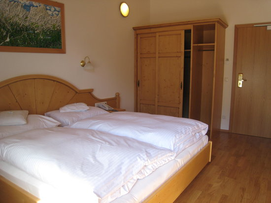 Gartenhotel  Daxer : bedroom 