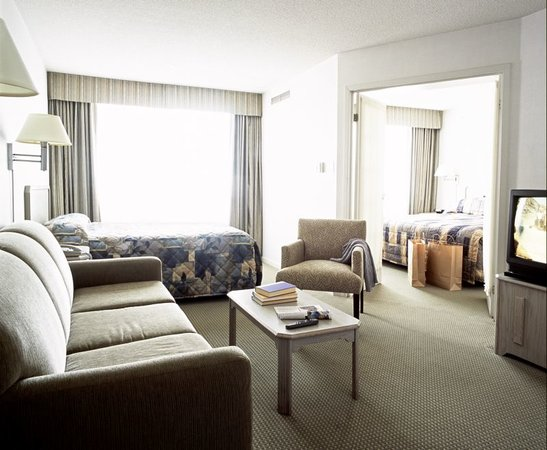 Photo of Quality Suites Toronto Airport