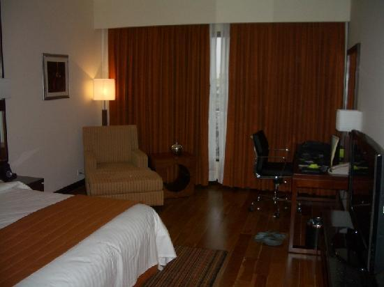 Courtyard by Marriott, Ahmedabad: Bedroom #2