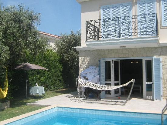 Rent or buy a cesme villa