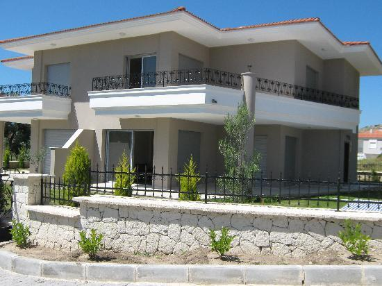 Cesme villa for sale  satilik villa