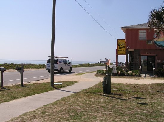 Beach Front Motel: View of front of motel and ocean