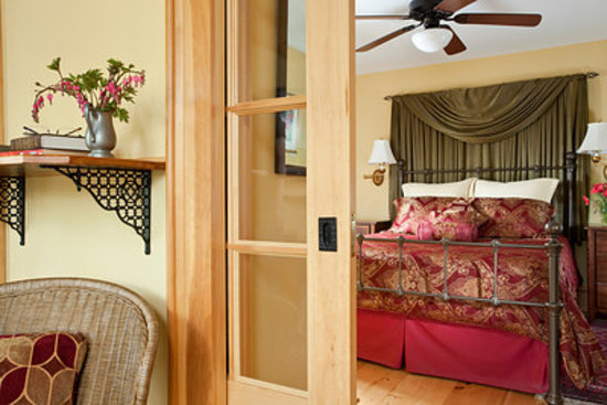 The Inn at Gothic Eves: Cayuga Suite- luxury at its best