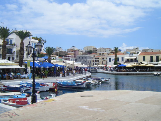 Enjoy a drink in Agios Nikolaos