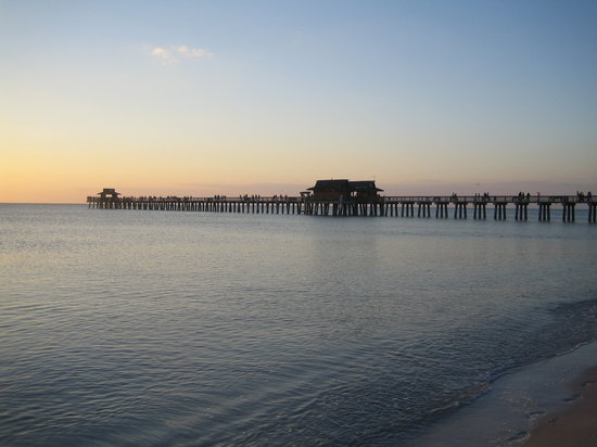 Neapel, FL: Naples Pier in der Abendsonne
