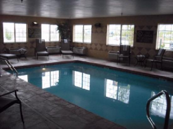 BEST WESTERN J. C. Inn: Indoor Heated Pool