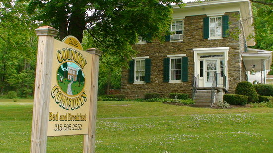 ‪Country Comforts Bed and Breakfast‬